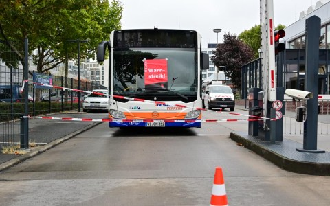 Verdi Warnstreik in der Gartenfeldstraße