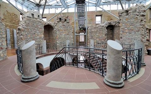 Jagdschloss Platte © Von DerHexer, Wikimedia Commons, CC-by-sa 4.0, CC BY-SA 4.0, https://commons.wikimedia.org/w/index.php?curid=25012921