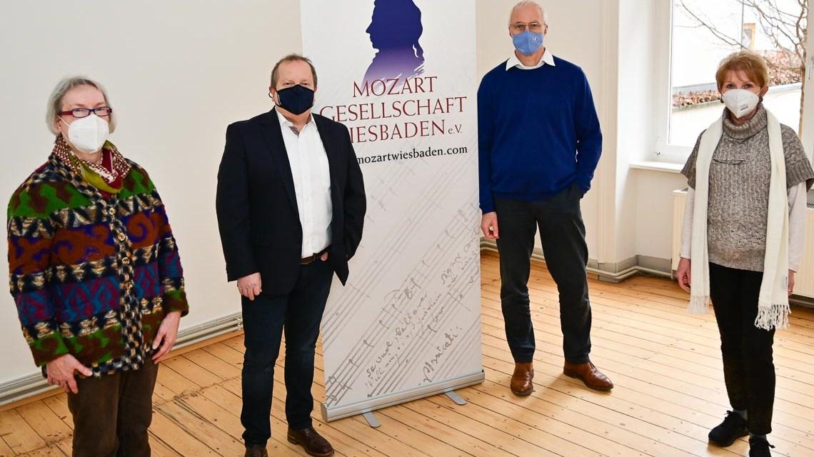 Beate Zedler, Karl-Werner Jörg, Erik Schaab (WIM), Hanna Burmeister Foto Volker Watschounek