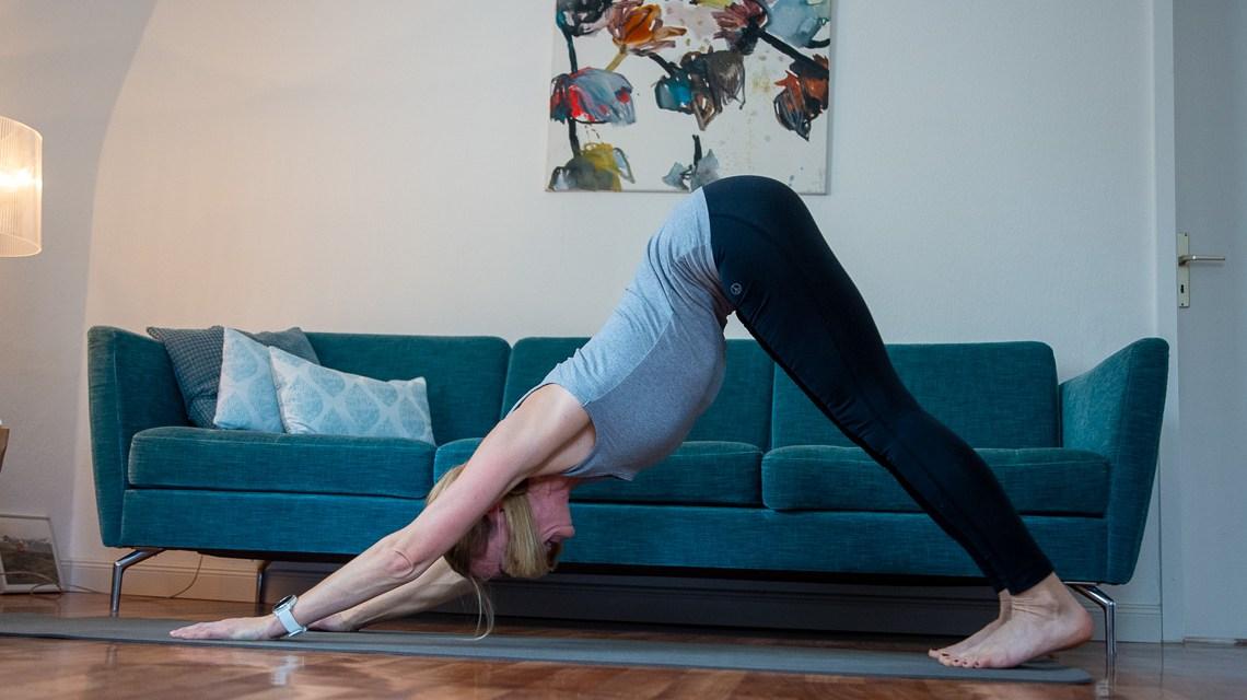 Yoga mit Hebamme Silke Then . ©2020 Volker Watschounek