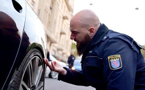 Allgemeine Polizeikontrolle in der Schwalbacher Straße