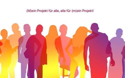 Screenshot der Seite (M)ein Projekt für alle, alle für (m)ein Projekt!, Menschen stehen unt tauschen sich aus.