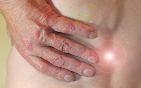 Rückenschmerzen – Foto Gundula Vogel auf Pixabay, Skoliose