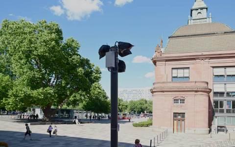 Viele Plätze in Wiesbaden sind Videoüberwacht. Kameras stehen unter anderem…