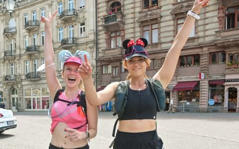 Marathonläuferinnen Marina Andresen und Josephine Heilingloh Foto: Volker Watschounek