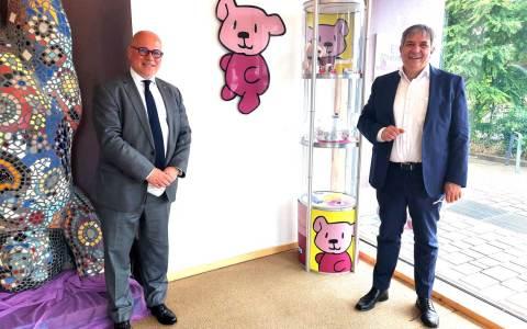 Lutz Hoppe (li) und OB Gert-Uwe Mende