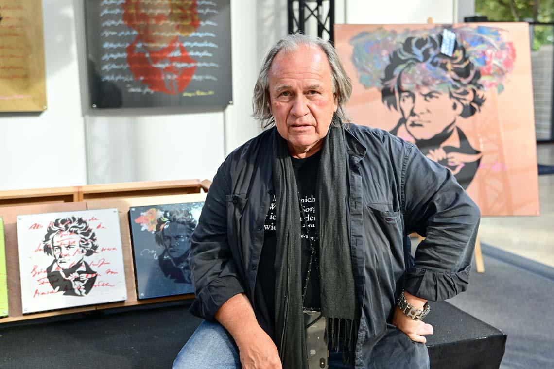 Prof. Enno-Ilka Uhde stellt aus Foto: Volker Watschounek