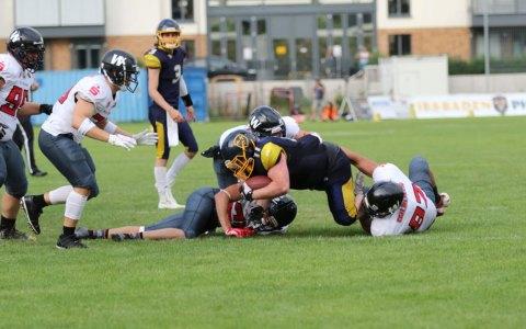 Phantoms unterliegen Meisterschaftskandidat Kirchdorf 14:31 ©2021 Phantoms