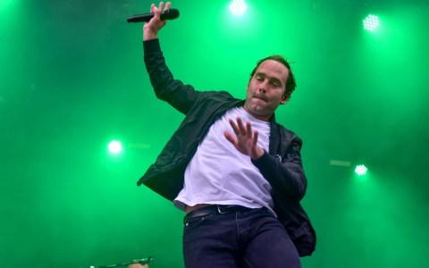 Axel Bosse, besser bekannt als Bosse, bei den Picknick Konzerten in Wiesbaden