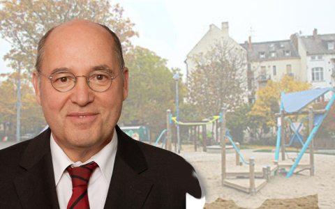 Gregor Gysi am Wallufer Platz