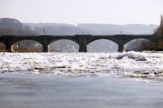 Eisgang, Brücke, Pirna