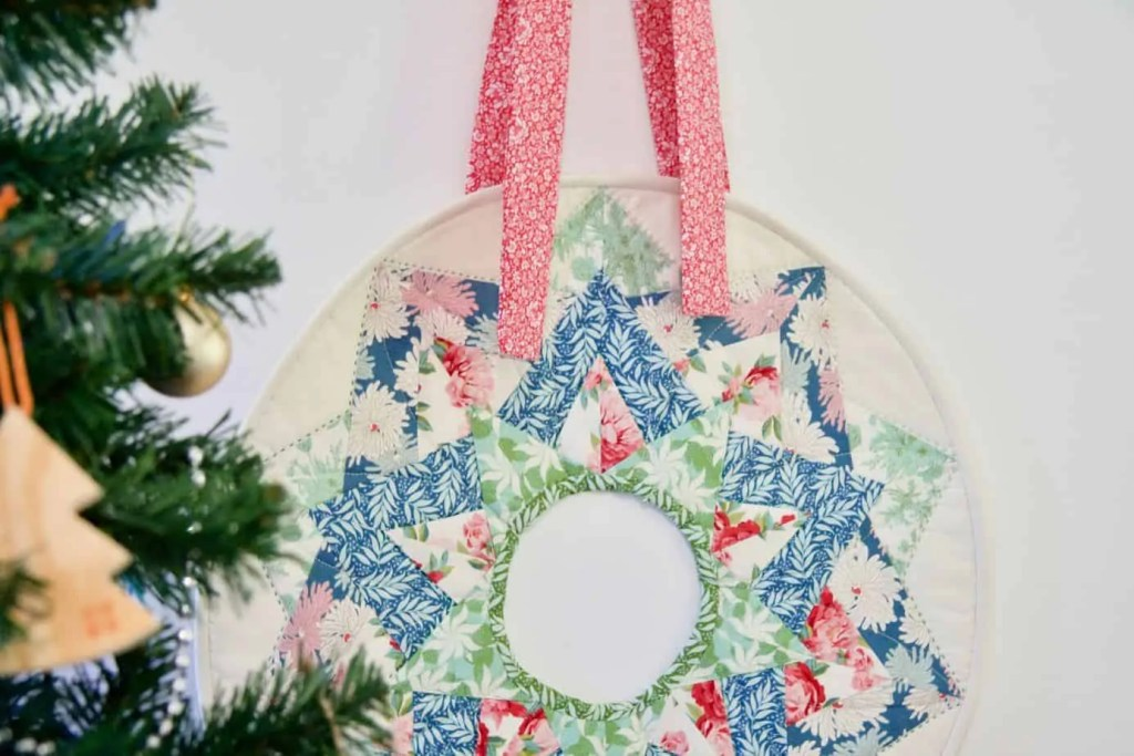Wife-made Christmas Wreath Mini Quilt Pattern