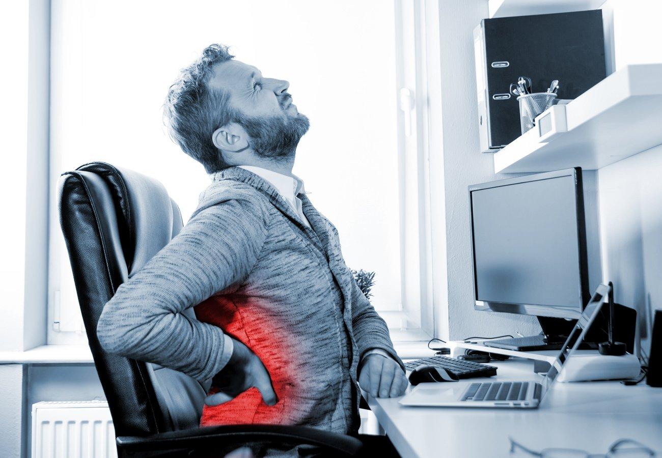 Wirbelsäulen-Training statt Rückenschmerzen – Fünf Tipps fürs Büro