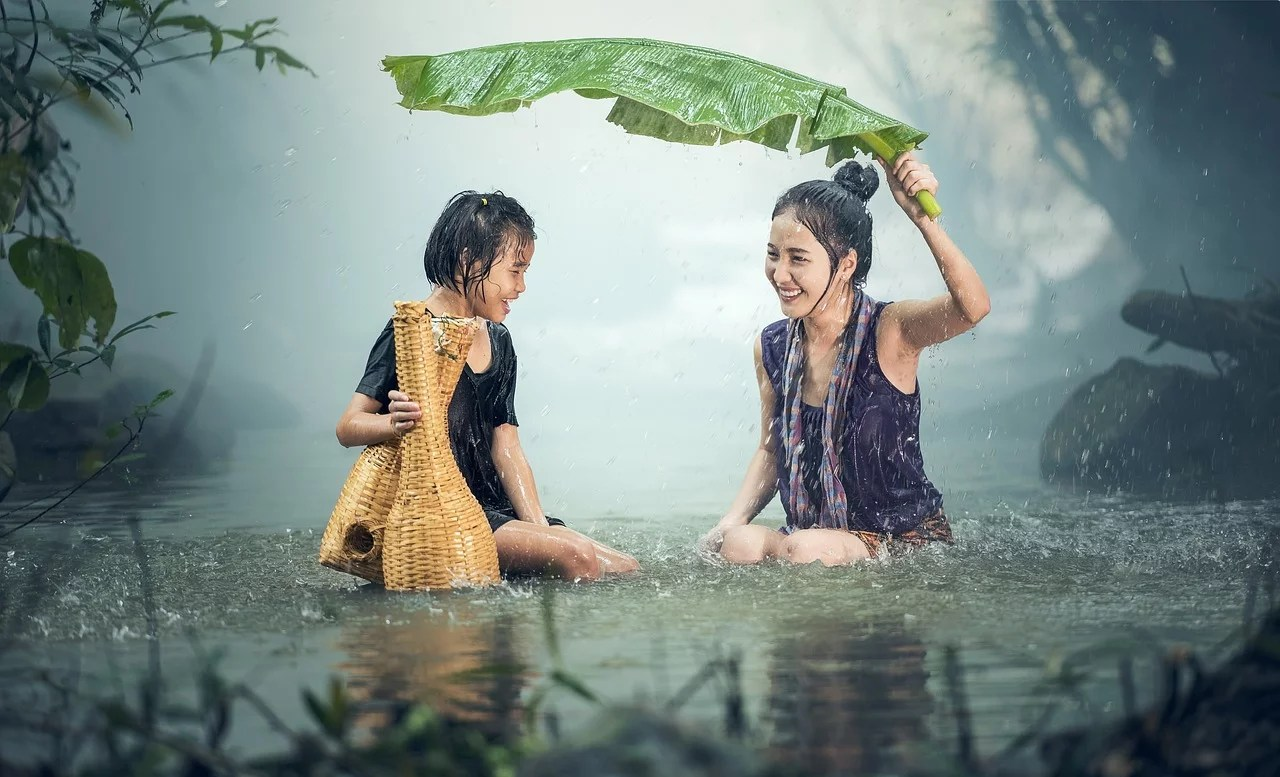7 Ways to Protect Your Family in Rainy Season