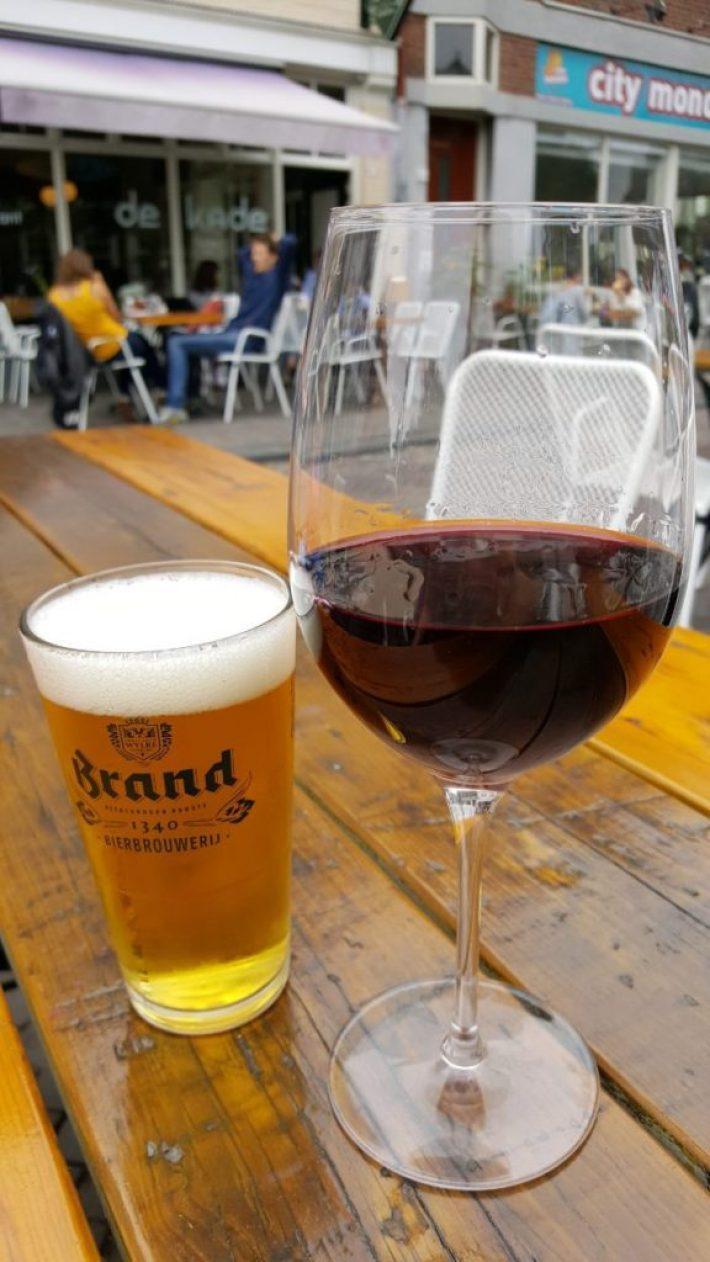 leukste terrassen in Den Haag: cafe de kade