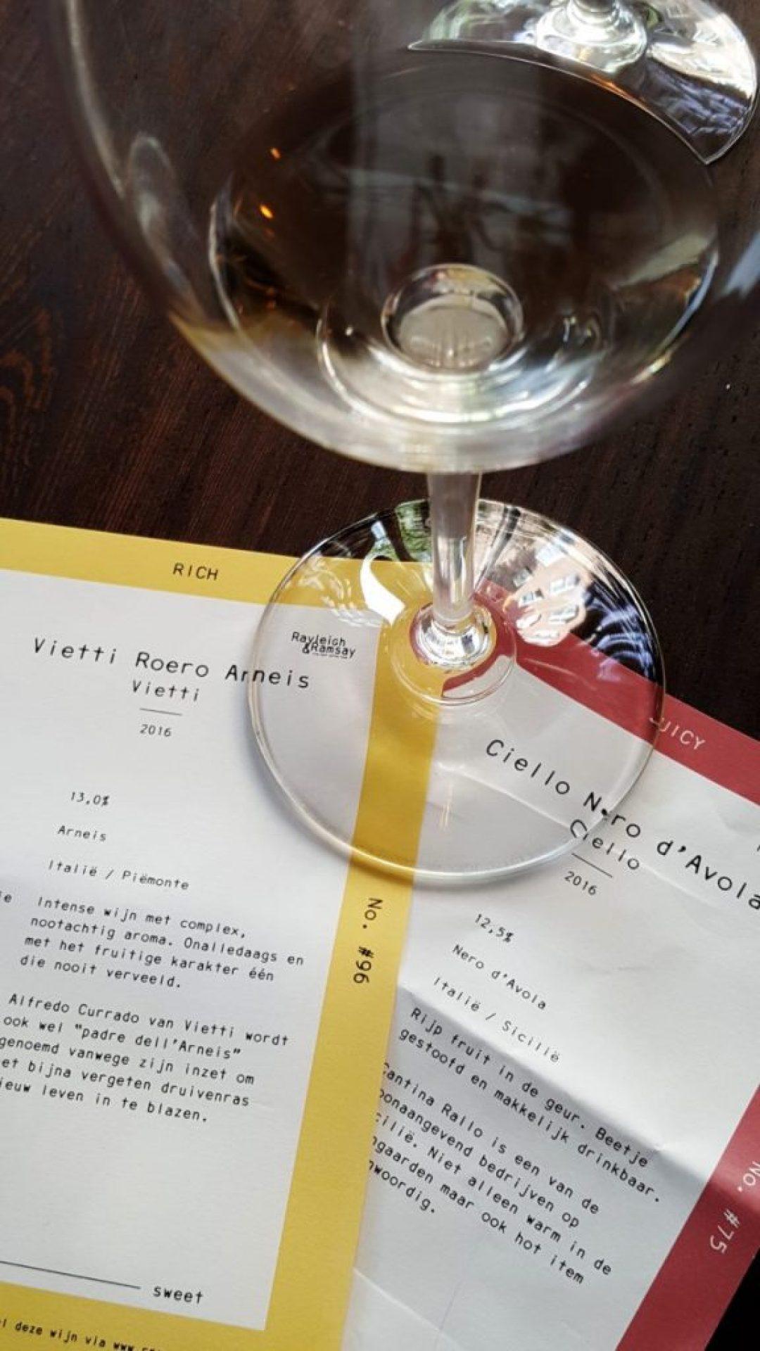 Zelf wijn tappen in Amsterdam Rayleigh & Ramsay