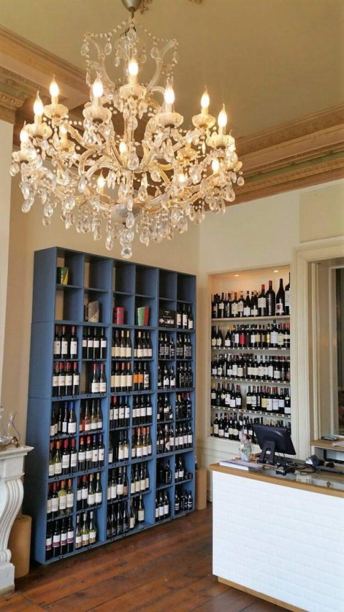 Restaurant wijnbar Vliegendt Hert in Middelburg wijnwinkel