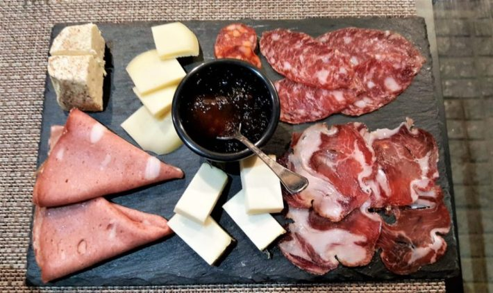 Sicilië tips: plankje vleeswaar en kaas