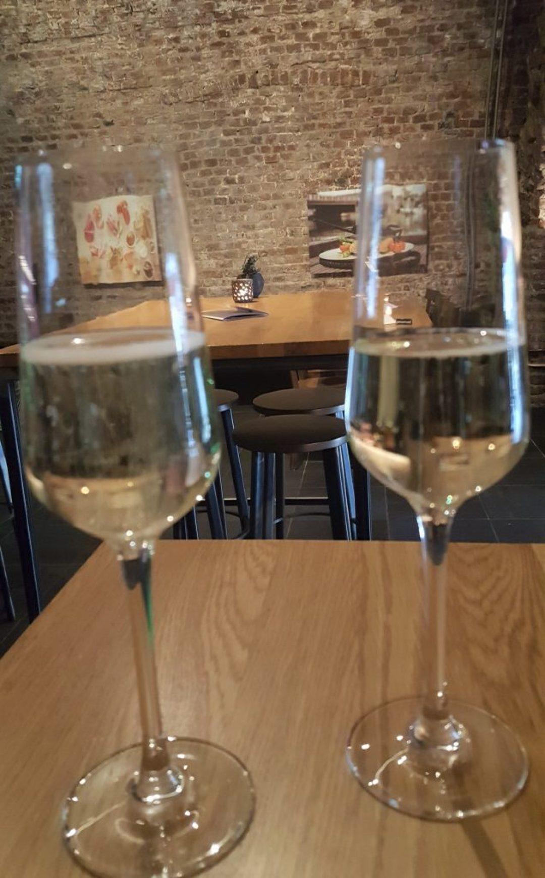 Borrelen en eten in Maastricht: dock five wijn