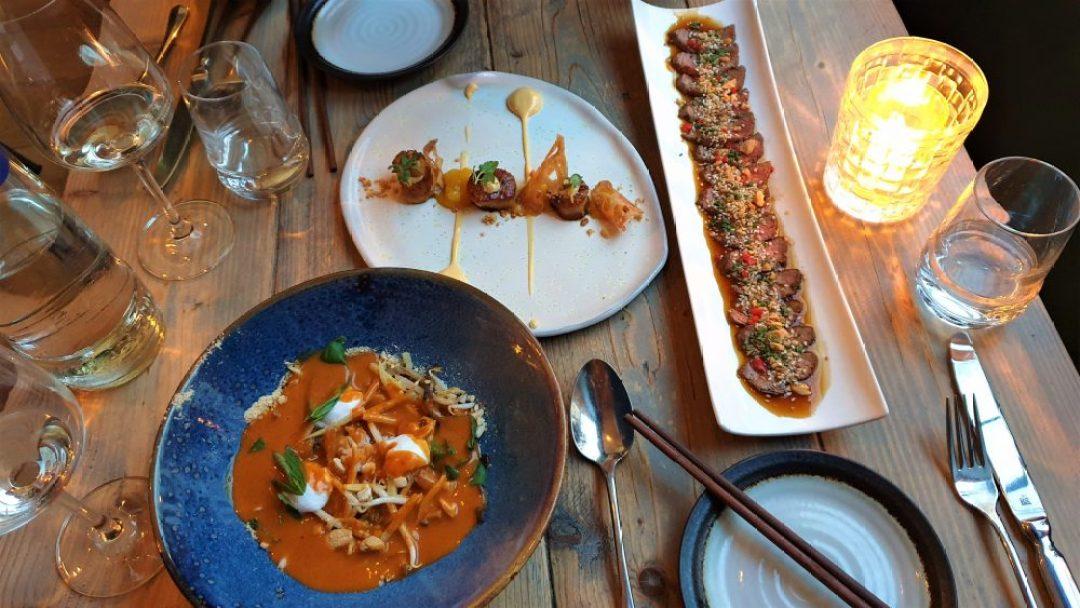 shared dining restaurant Dekxels Den Haag