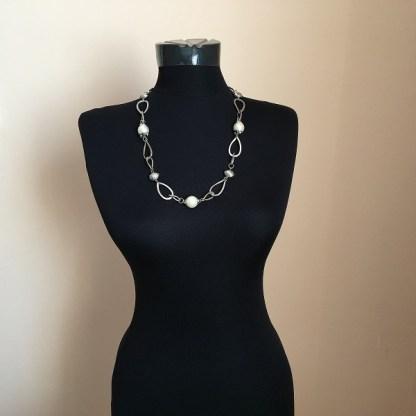 Luxusný náhrdelník retiazka s korálkami bizuteria
