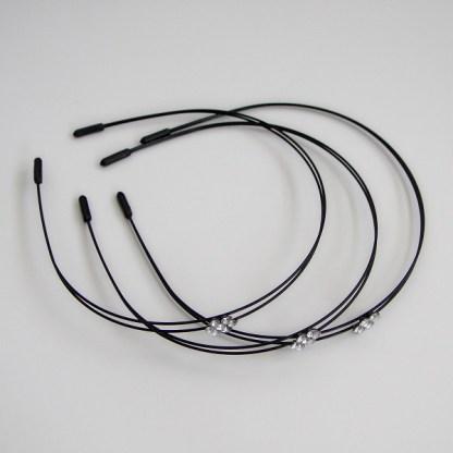 Luxusná čelenka do vlasov kovová so štrasovými kamienkami. Farba- čierna. Rozmer: 1cm.