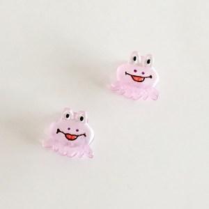 Krásny detský štipec do vlasov v tvare chobotnice. Vhodný pre deti aj dospelé ženy. Farba- fialová. Rozmer: 3cm