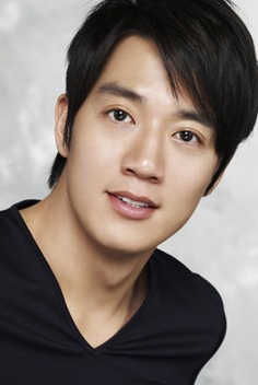 Facts About Kim Rae-won's Wife and Wedding! - YouTube