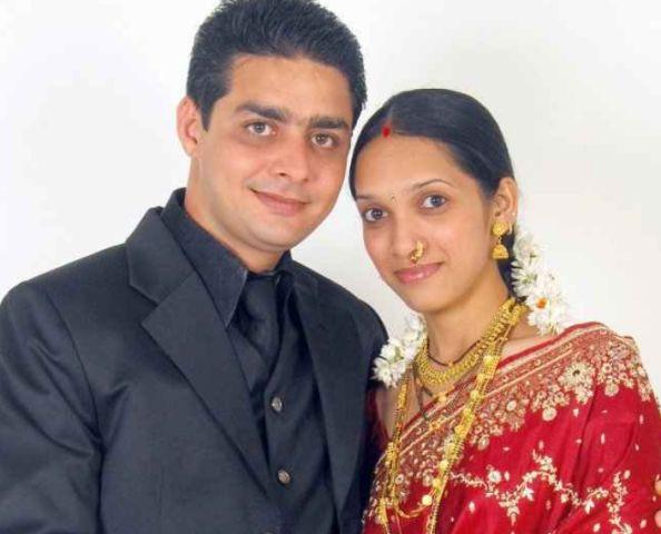 Hindustani Bhau with his wife