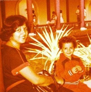 Manish Raisinghan's childhood picture
