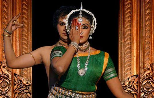 Sandhya Manoj performing Ardhnaarishwara