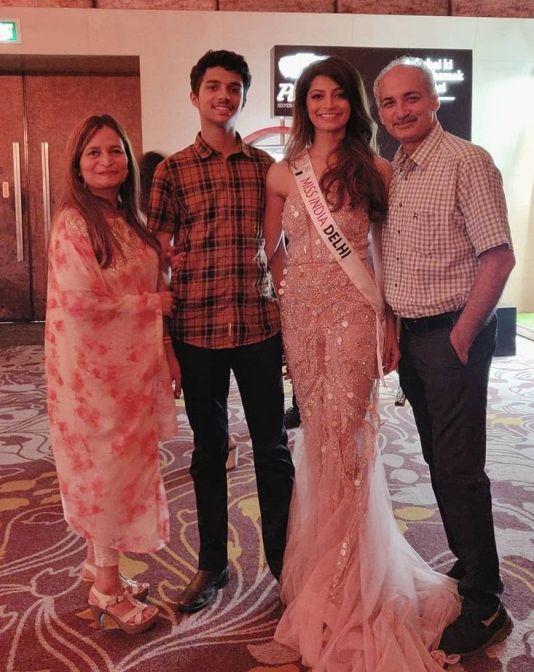 Mansi Sehgal's family