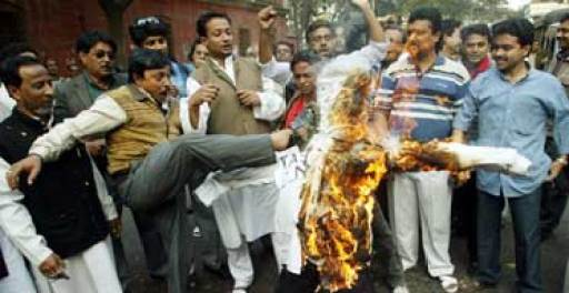 Muslims burn an effigy of author Taslima Nasrin during protests in Kolkata in 2008
