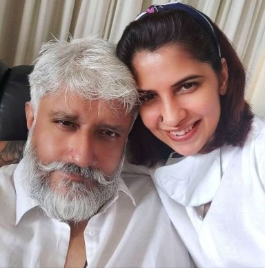 Shwetambari Soni and Vikram Bhatt