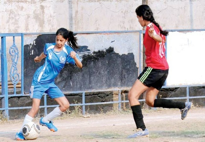 Suhana Khan playing football