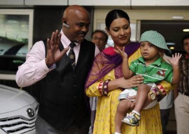 Andrea Hewitt Kambli, Vinod Kambli's Wife