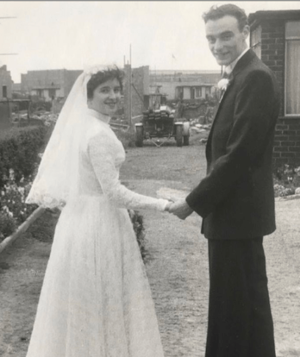 An Image of Frank Cottrell Boyce and his wife Denise