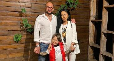 An Image of Cristian Mitrea and his ex girlfriend and his son david