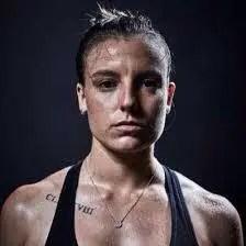An Image of Chloe Logarzo