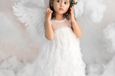 Elle McBroom Family, Net Worth, Wiki, YouTube, Height, Weight, Age, Birthday, Siblings