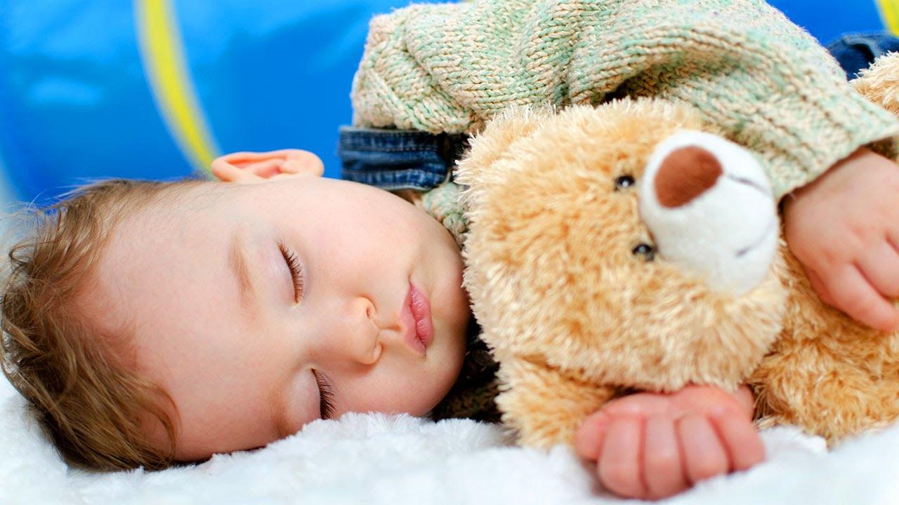 Cara Ampuh Membuat Bayi Tidur