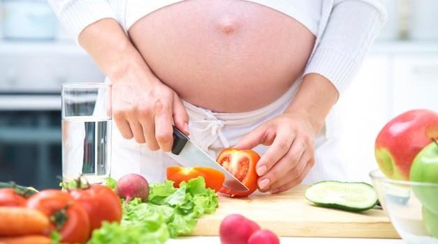 Nutrisi Tepat Untuk Menambah Berat Badan Janin di Trimester Ketiga