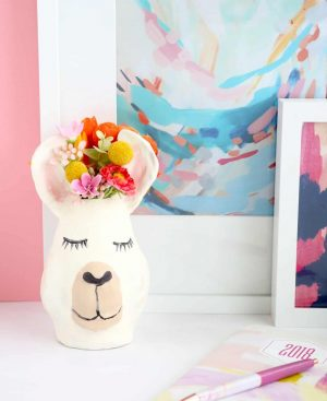 Make-Your-Own-Llama-Vase-7