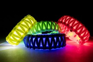 how to make a flashing led paracord bracelet