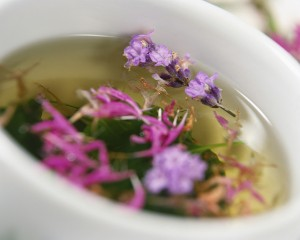 how to make a gentle detox herbal tea