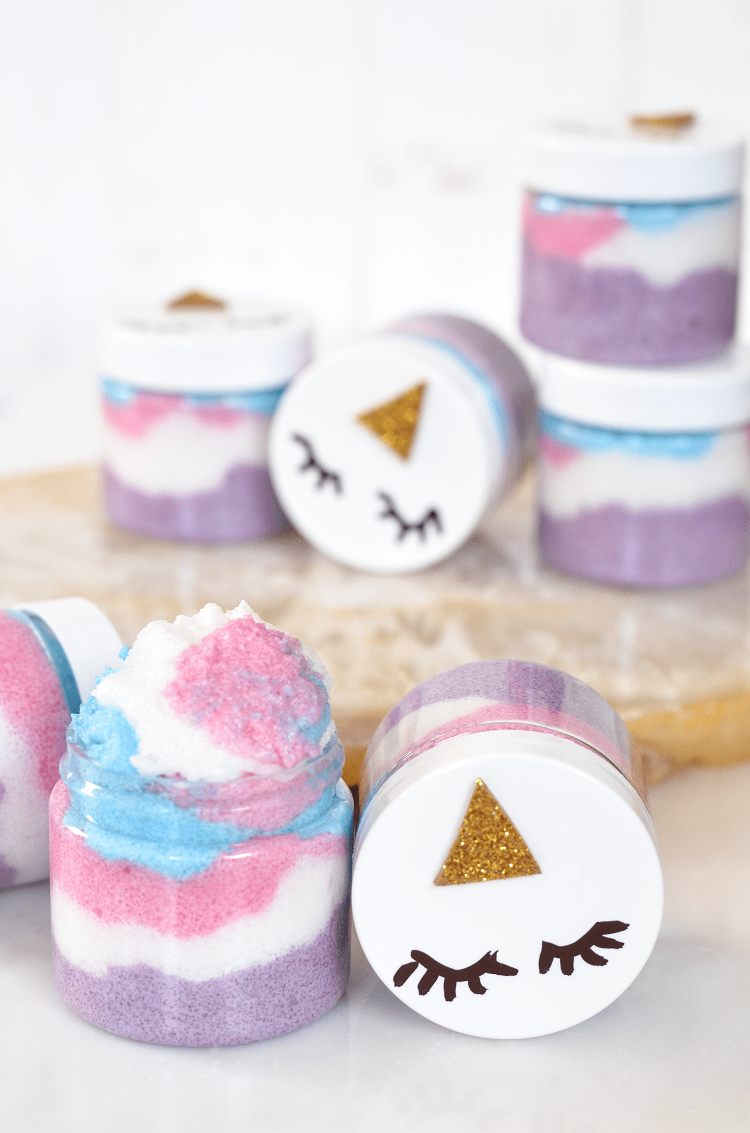 001-make-your-own-unicorn-sugar-scrubs-3