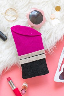 415-diy-lipstick-sunglasses-case-with-felt
