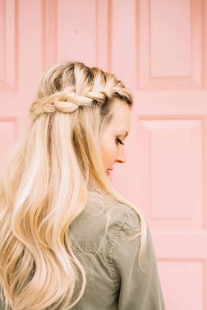 570-french-braid-half-crown