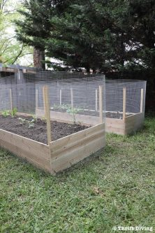 836-How-to-Build-Your-Own-Raise-Garden-Bed-Tutorial-Thrift-Diving