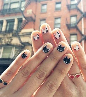 213-diy-painted-cat-nails
